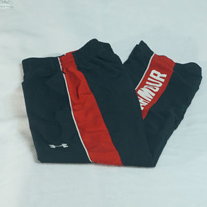 Boy's UA active sports sweat pants size YSM EUC